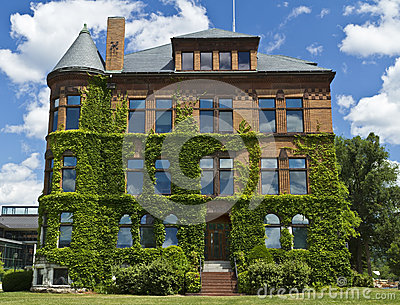Ivy Covered Building en Williams College