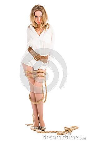 Jóvenes torcidos con la cuerda