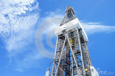 Jack up Drilling Rig Derrick on Sunny Day