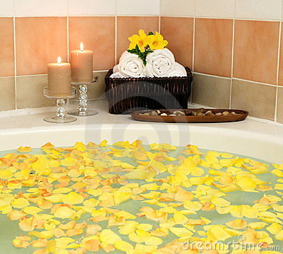 Jacuzzi hot tub spa bath flowers candles