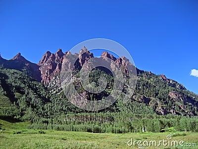 Jagged Rocky Mountain Peaks