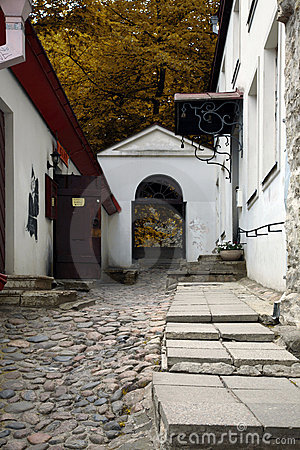 Jalg di Luhike, Tallinn