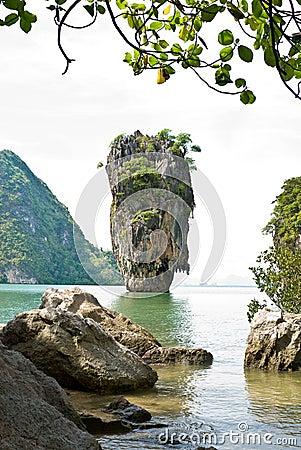 James Bond (Ko Tapu) island vertical