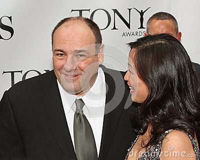 James Gandolfini e Deborah Lin Imagem Editorial
