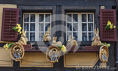 Janela com decoração da Páscoa Foto de Stock Editorial