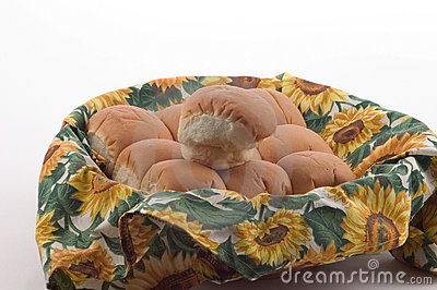 Jantar Rolls em uma cesta 2
