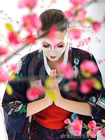 Free Japan Geisha Woman With Creative Make-up Royalty Free Stock Images - 18351149