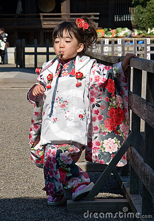Japanese Child in Kimono at shichi-go-san Editorial Photography
