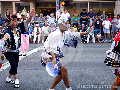 Japanese festival dancer in LA Editorial Stock Image