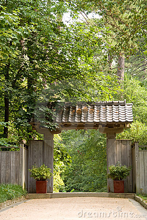 Free Japanese Pagoda Garden Gate Stock Images - 9936524