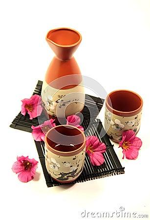 Free Japanese Sake Set Royalty Free Stock Images - 11887589