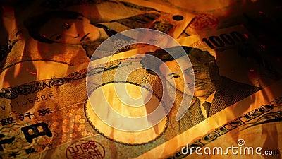 Japonais Yen Banknotes Rotating In Fire banque de vidéos