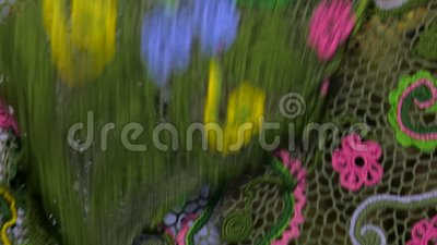 Jaskrawy barwiony tablecloth szydełkujący zdjęcie wideo