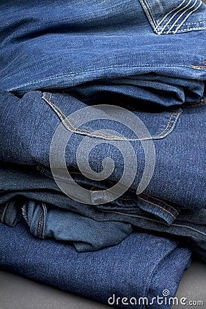 Jeans Pile