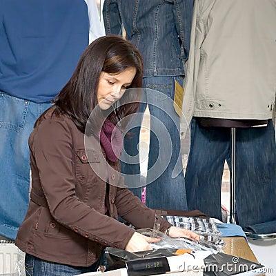 Jeans shop woman
