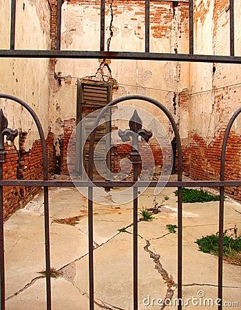 Jerome Interior-Old Copper min
