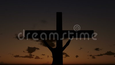 Jesus na cruz, fim acima, por do sol do lapso de tempo, dia à noite, metragem conservada em estoque filme