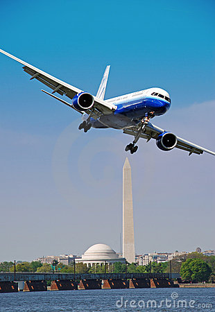 Jet Landing Washington DC