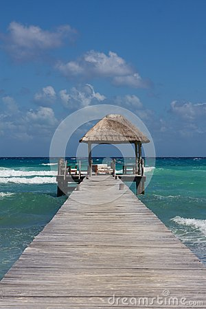 Free Jetty With Beach Hut At Perfect Caribbean Beach Stock Image - 25919491