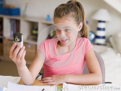 Jeune fille cherche emploi