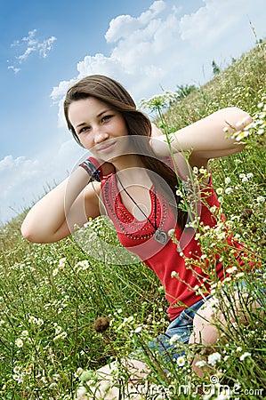 Jeune fille heureuse