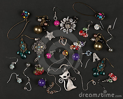 Jewelery, earrings