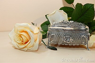Jewelry box with white rose