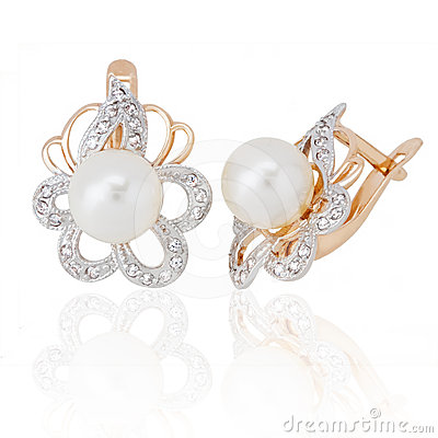 Free Jewelry Earrings With Pearl And Diamonds Royalty Free Stock Photography - 24366337
