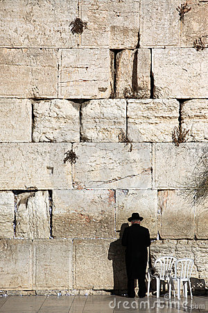 Jewish praying at the wailing wall Editorial Photography