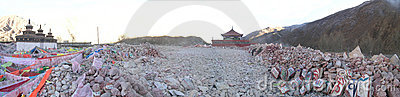 Jiana-the biggest mani stones in Yushu