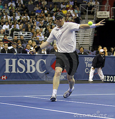 Jim Courier - Tennis legends on the court 2011 Editorial Stock Photo