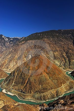 Jinsha Jiang River Huge Curve