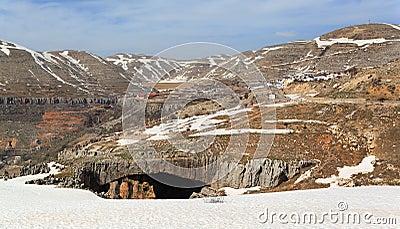 Jisr el- Hajar, Lebanon Mountain