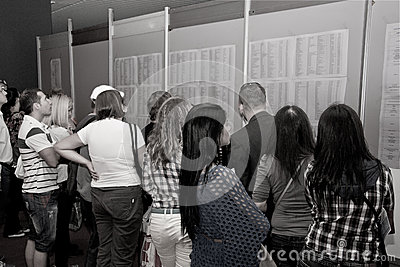 Job-seekers queuing at the Jobs Fair for Graduates Editorial Photography