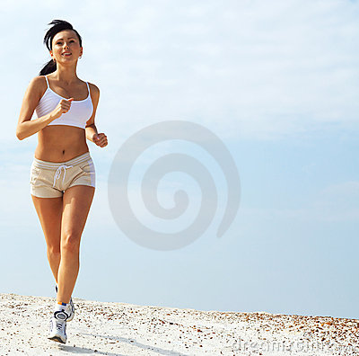 Joggingwoman in white