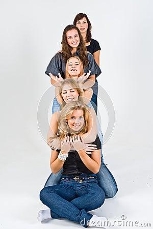 Jogo Fêmea De Cinco Amigos