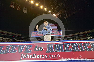 John Kerry addresses audience of supporters Editorial Image