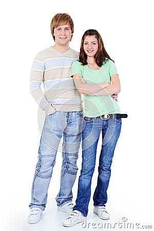 Jong gelukkig houdend van paar dat zich verenigt