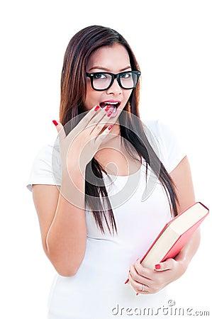 Jonge Vrouw die Verbaasd kijkt