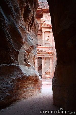 Free Jordan: Tomb In Petra Royalty Free Stock Image - 18303706
