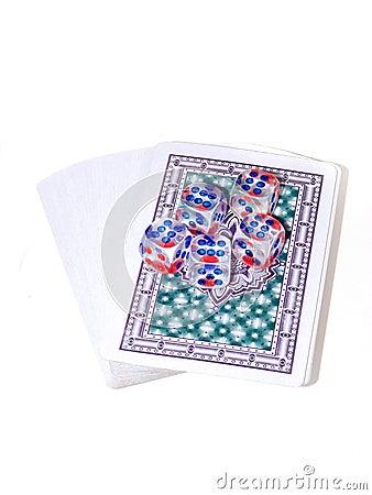 Jouant des cartes et jouer des os