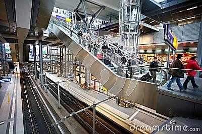 Järnvägen posterar Berlin Redaktionell Arkivfoto