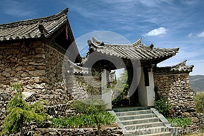 Ju Zhu Qing Tian, China: Old Stone Village House