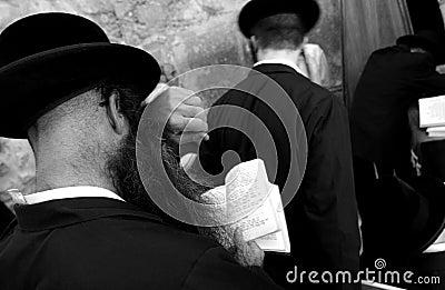 Judeus Na Parede Ocidental Lamentando, Jerusalem, Israe Imagem de Stock Royalty Free - Imagem: 7880906