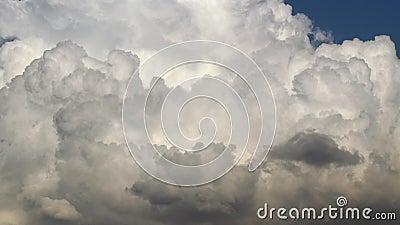 Juego de nubes metrajes