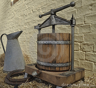 Jug & Cheese Press