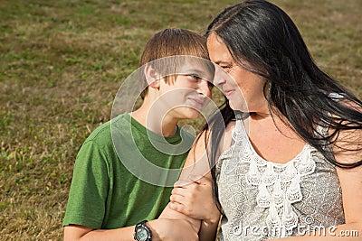 Jugendlich Überzeugung gegen Mamma