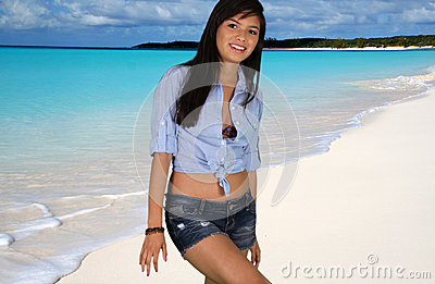 Jugendlich Mädchen am Strand