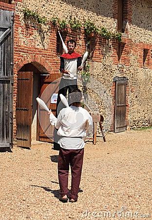 Jugglers средневековые Редакционное Стоковое Изображение