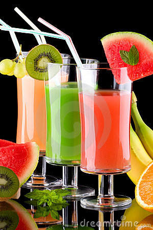 Free Juice And Fresh Fruits - Organic, Health Drinks Se Royalty Free Stock Photo - 6032885